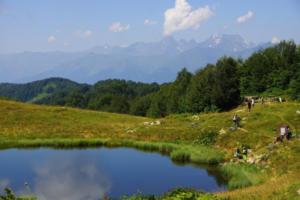 хмелёвские озера, экскурсия на хмелёвские озера, джип тур хмелёвские озёра, дольмены хмелёвские озёра, экскурсии сочи горы, джип тур сочи, экскурсия горы сочи